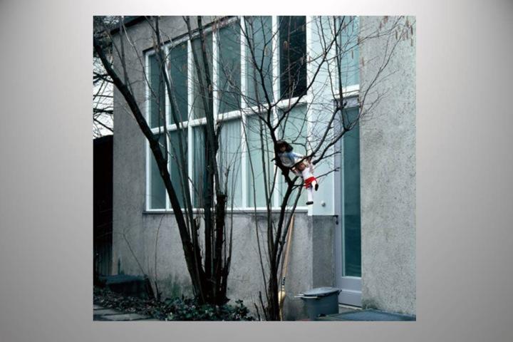 28. Sasha's Atelier Courtyard