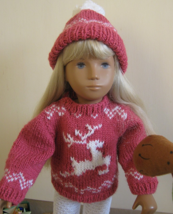Gracie in knits with reindeer 4